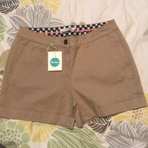 Boden chino shorts NWT